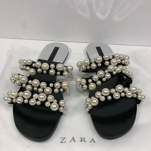 Pearl sandals by Zara